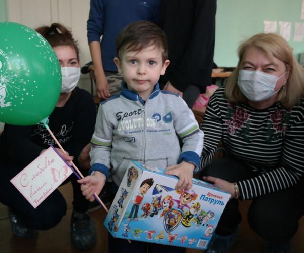 День рождения в Детском социальном приюте1591813571