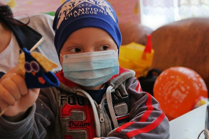 Поделки онкобольных детей
